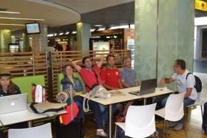 Esperando no aeroporto de Lisboa pela ligação para Zagreb