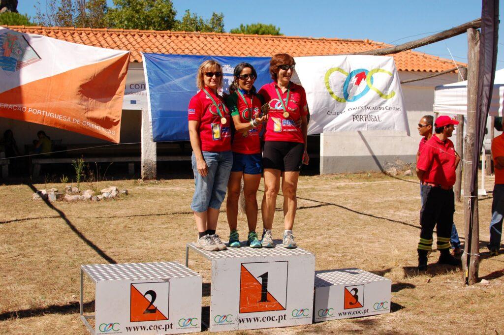 podio-estafetas-fem